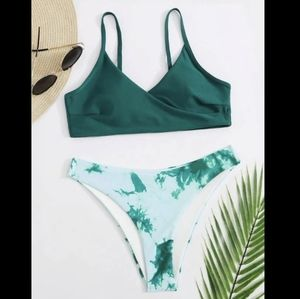 Bathing suit set top and bottom